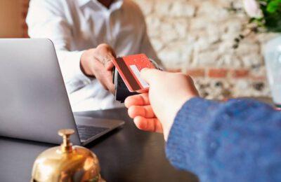 Marketing turistico: pagare i clienti per venire in vacanza